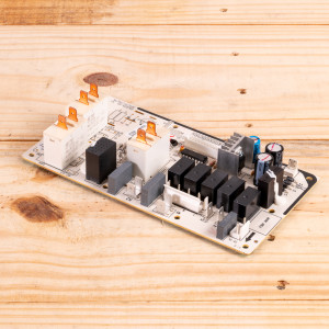Image 1 of New Gree Control Board Relay For PTAC Units (30132080)