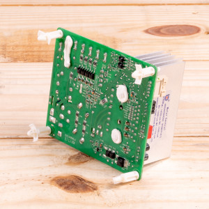 Image 2 of New Amana Control Board For PTAC Units (PCBEP101SF)