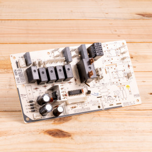 Image 1 of New Gree Control Board Relay For PTAC Units (30132082)