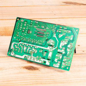 Image 2 of New Gree Control Board Relay For PTAC Units (30132082)