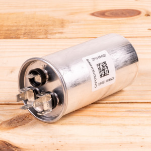 Image 2 of New Amana Capacitor For PTAC Units (CAP050300440RSP)