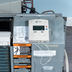 Image 4 of 9k BTU Reworked Gold-rated Trane PTAC Unit with Heat Pump - 208/230V, 20A, NEMA 6-20