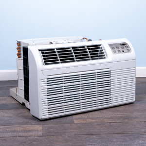 """Image 4 of TTW Unit - 12k Gree 26"""" 208v Air Conditioner With Resistive Electric Heat (26TTW12HC230V1A-T)"""