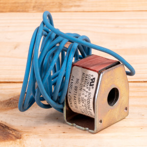 Image 1 of New Amana Heat Pump Valve For PTAC Units (0130P00024)