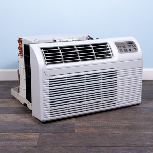 Image 4 of New Gree 12,000 BTU TTW Air Conditioner 230 volt - 20 amp - with Digital Controls and Heat Pump (26TTW12HP230V1A-T)