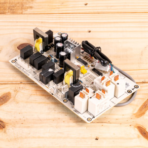 Image 1 of New Gree Control Board Relay For PTAC Units (30132164)