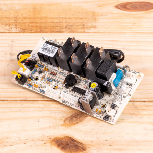 Image 1 of New Amana Control Board For PTAC Units (30132191)